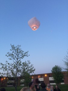hannah.memorial.lantern